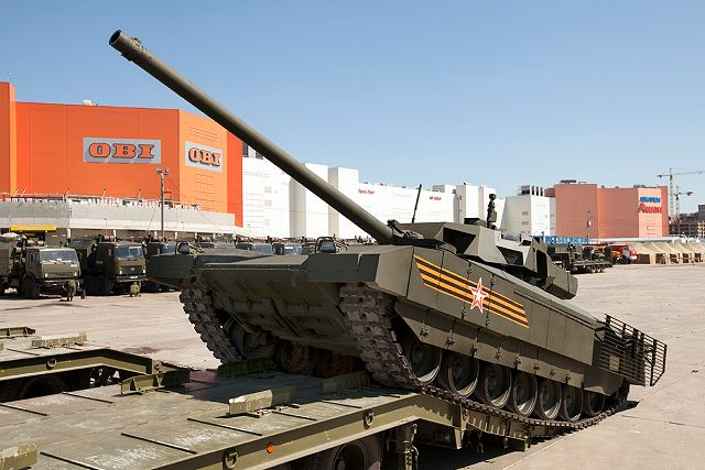 Uralvagonzavod will demonstrate T-14 Armata to an Egyptian delegation during the RAE 2015 640 001