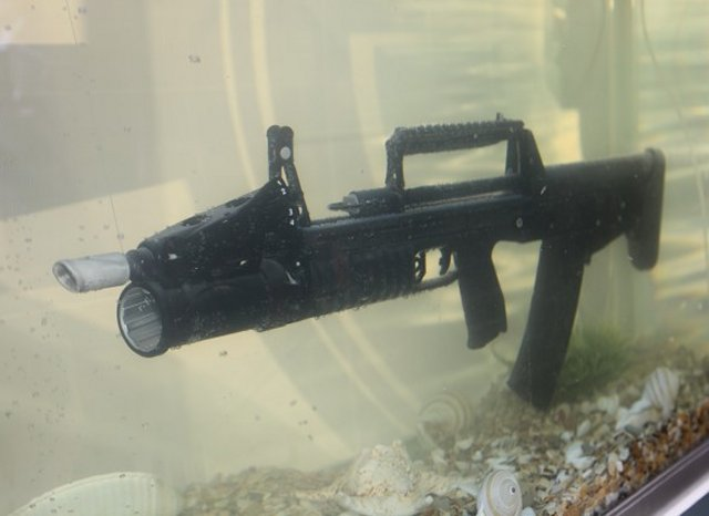 Serial production of the Russian made ADS underwater assault rifle scheduled for 2016 640 001