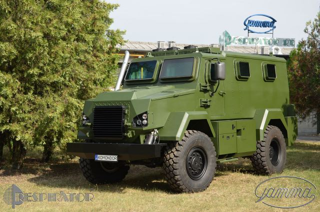 Hungarian-made Komondor armoured vehicle will be used by police and border forces in Hungary 640 001