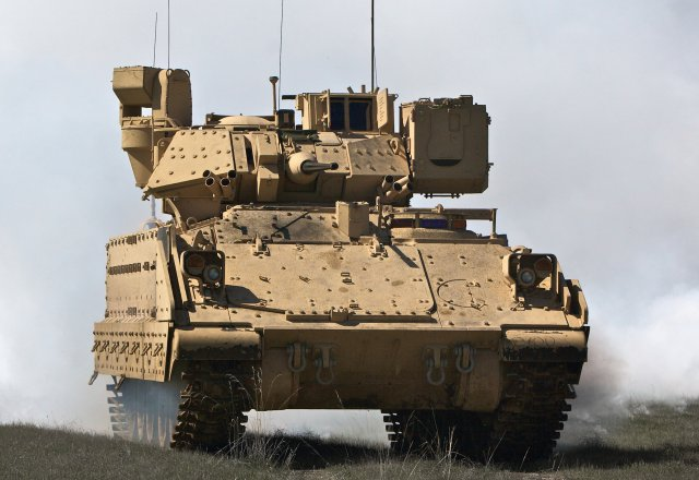 Raytheon achieves developement of 3rd generation Commander s Primary Sight for M2 Bradley IFV 640 001