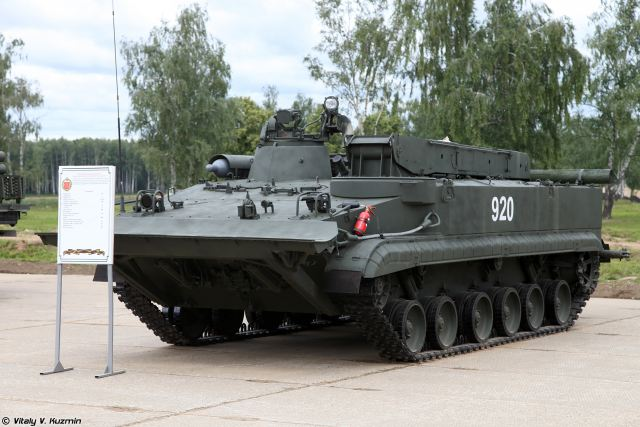 Russian army will receive several dozen of BREM-L ARV Armoured Recovery Vehicles 640 001