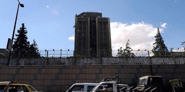 Shells hit the Russian embassy in Damascus
