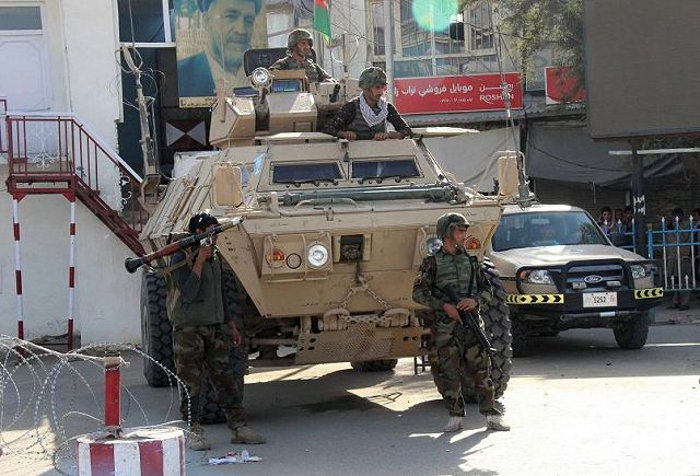 Afghan armed forces backed by US airstrike to push out Taliban fighters from the city of Kunduz 640 001
