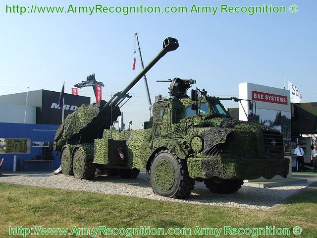 BAE Systems delivered the first four ARCHER 155mm 6x6 self-propelled howitzer to Swedish army 640 002