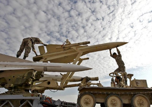 Iran ready to provide Syria and Iraq with more military aid to help in fight against ISIL 640 001