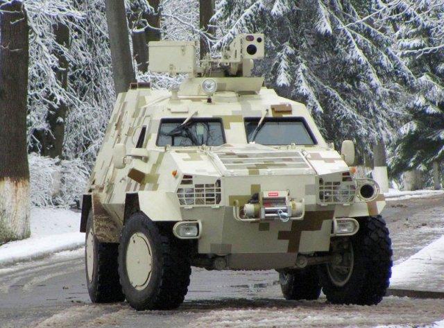 Ukraine armed forces to receive ten new  Dozor B 4x4  armored personnel carriers by 2015 end 640 001