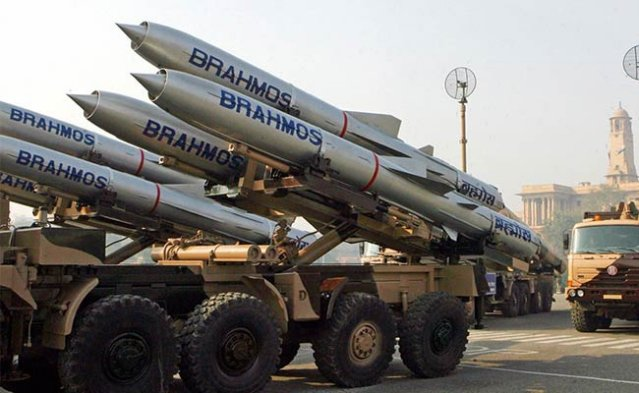 Indian Army to receive two regiments of short range supersonic cruise missile Brahmos 640 001