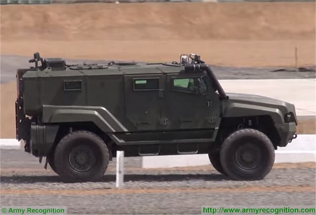 Typhoon MRAP family vechiles - Page 5 Russia_will_promote_Typhoon-K_KAMAZ-53949_4x4_MRAP_vehicle_on_foreign_markets_640_001