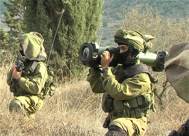Israeli Company Rafael demonstrated its Spike SR missile to international military delegations 640 001