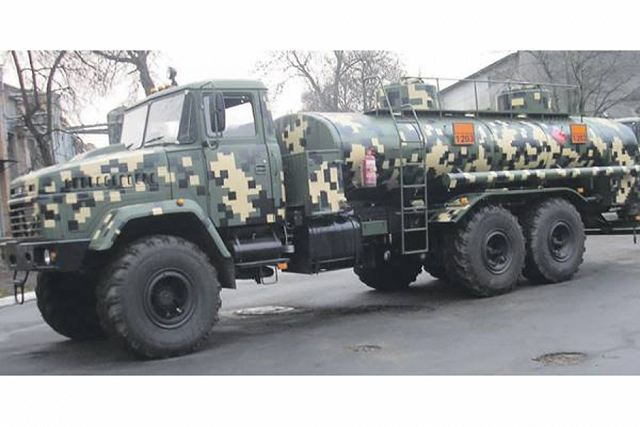 New fuel servicing 6x6 truck based on AutoKrAZ KrAZ-63221 to meet army needs 640 001