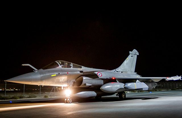 French Rafale fighter with SCALP missile have destroyed a missile production site of IS in Syria 640 001