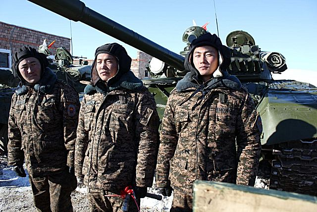 Mongolia has received new batch of Russian military equipment including T-72A main battle tanks 640 001