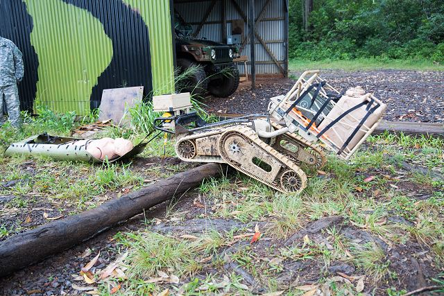 US army tests the battlefield capabilities of robot to keep soldiers out of harms way 640 001