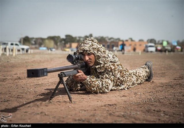 Iranian commandos now equipped with new AM 50 Sayyad sniper rifles 640 001
