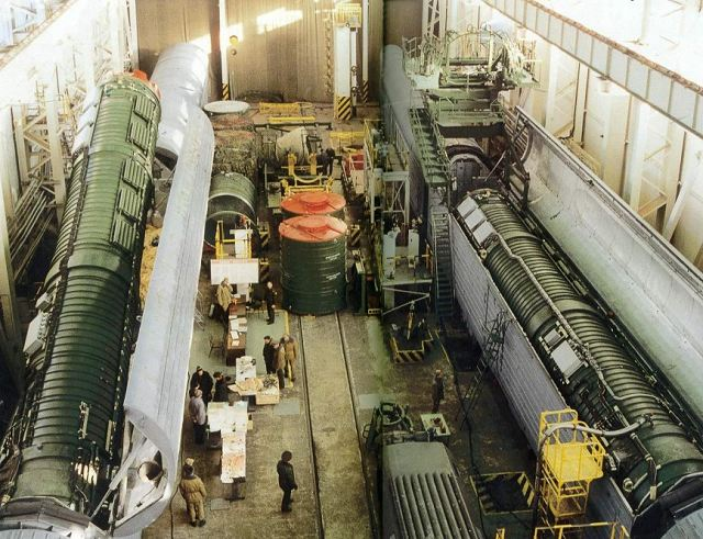 New Russian Barguzin rail-mobile intercontinental balistic missile could be tested end of this year 640 001
