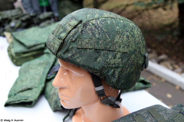 The 6B45 vest is complemented by 6B47 combat helmet developed by Sofrino-based (Moscow Region) Armokom company. Russian Armed Forces have brought 6B47 into service as the new organic ballistic helmet. As well as 6B45, 6B47 is included in the Ratnik kit.