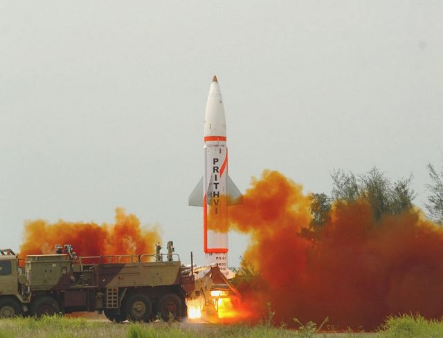 India has successfully test-fired Prithvi-II Surface-to-Surface ballistic missile 640 001