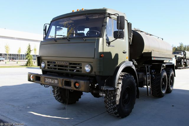 Russian army will take delivery of KAMAZ water truck ATsPT-5-6 for operations in Arctic region 640 001