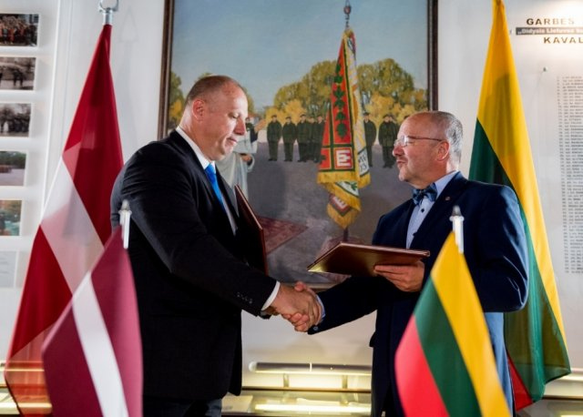 Lithuania and Latvia to synchronize military equipment procurement 640 001