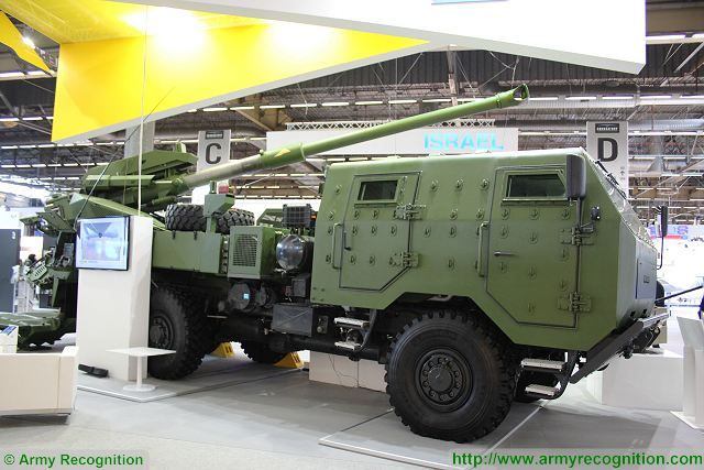 Development of a new wheeled self propelled howitzer for Israeli Ministry of Defense by Elbit 640 001