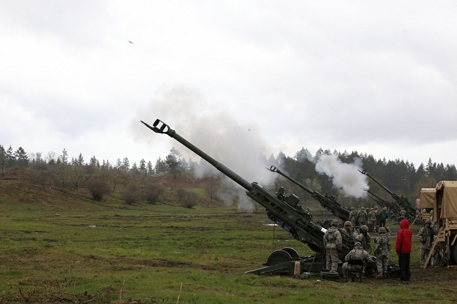 US. Guardsmen from 2nd Battalion, 146th Field Artillery Regiment, 81st Stryker Brigade Combat Team fire their new M777 155mm Howitzers for the first time on April 12, 2017 at Joint Base Lewis-McChord. The new weapons come as part of the brigade's transition to a Stryker brigade, which began in September 2016.