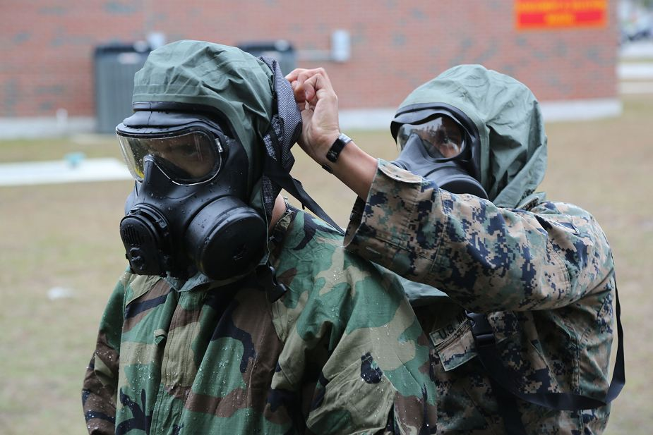 US Marines and sailors train to learn the CBRN threats 925 001