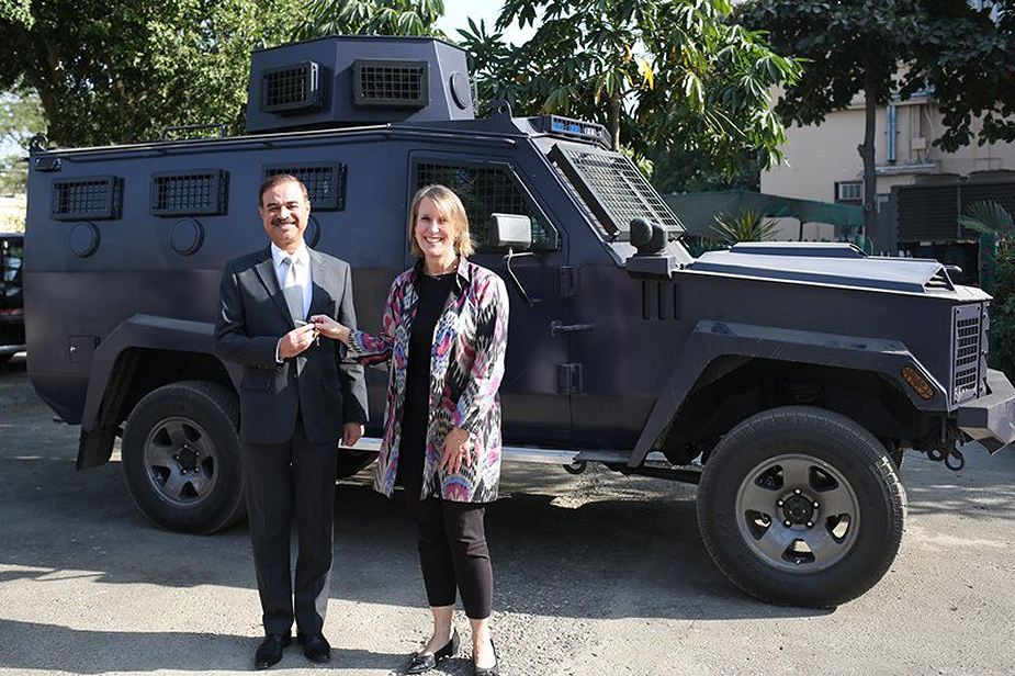 US provides six Lenco Bearcat armoured to Pakistani police 925 001