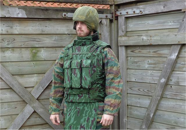 The Kirasa-Universal vest is intended for police and army personnel. Its weight varies from 2.8 kg to 6.7 kg (depending on the size and variant). Kirasa-Universal can be reinforced with additional armour plates.