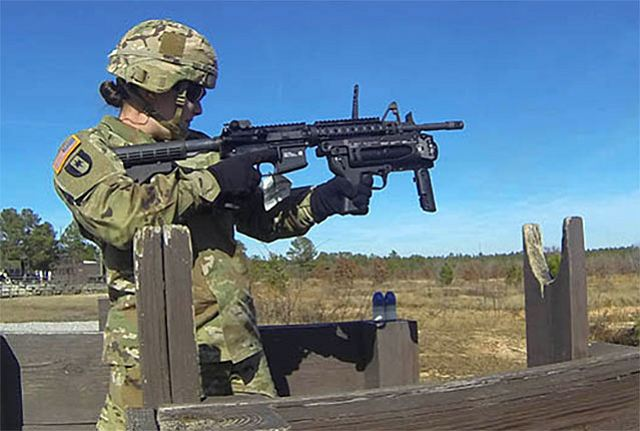 US soldiers began training with new M320A1 40mm grenade launcher attached to M4 rifle 640 001