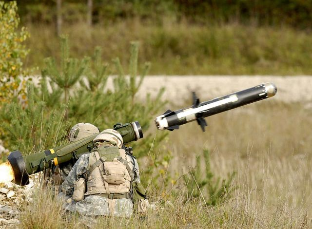 Raytheon and Lockheed Martin have been awarded a $10.1 million contract to modernize the Command Launch Unit for their jointly-developed Javelin anti-tank missile.