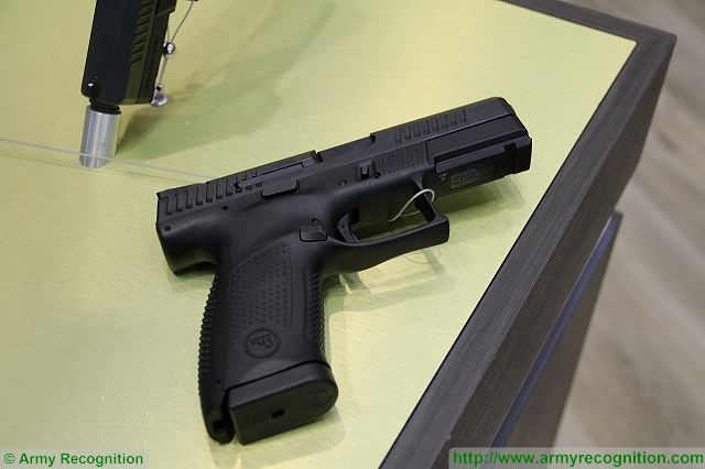 Czech Company CZ unveils its new P 10C 9mm pistol for law enforcement and police officers IWA 2017 001