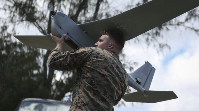 US Marines have tested the RQ 20 Puma Unmanned Aerial System in Hawaii 640 001