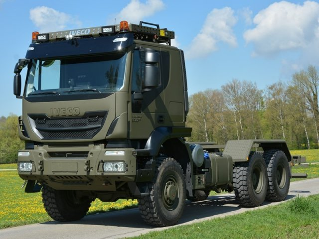Iveco to deliver first 400 truck to the Swiss Armed Forces 640 001
