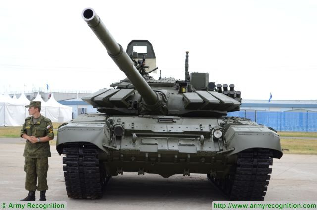 The Russian defense ministry continues the modernization of T-72B tanks to the level of T-72B3. The combat capabilities of the upgraded version considerably surpass those of the predecessor. The first batch of 20 tanks with additional protection has been modernized, passed the necessary tests and was delivered to the troops, the press service of the defense ministry said.
