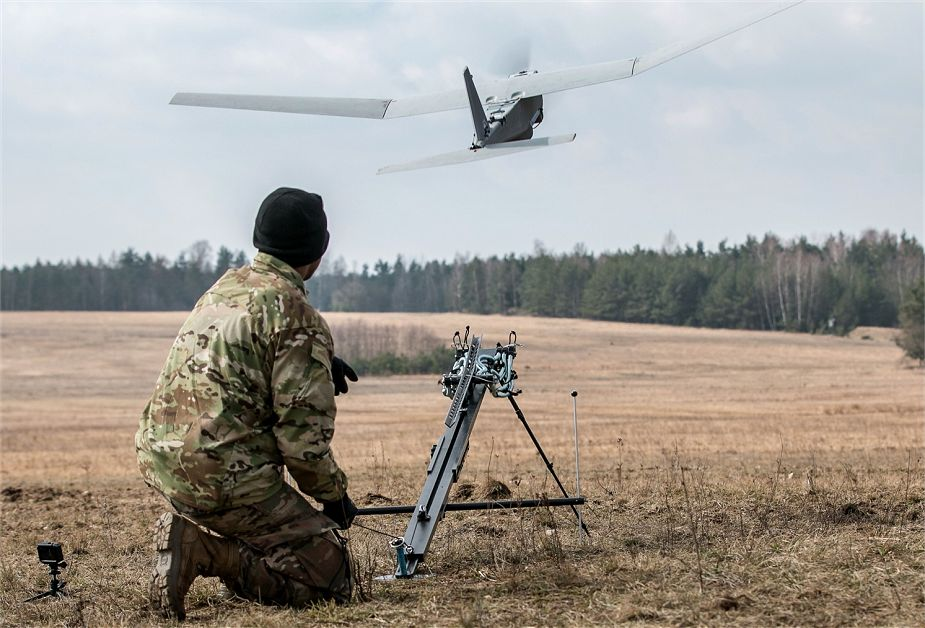 US and British soldiers test UAVs to prevent chemical or biological threats 925 002