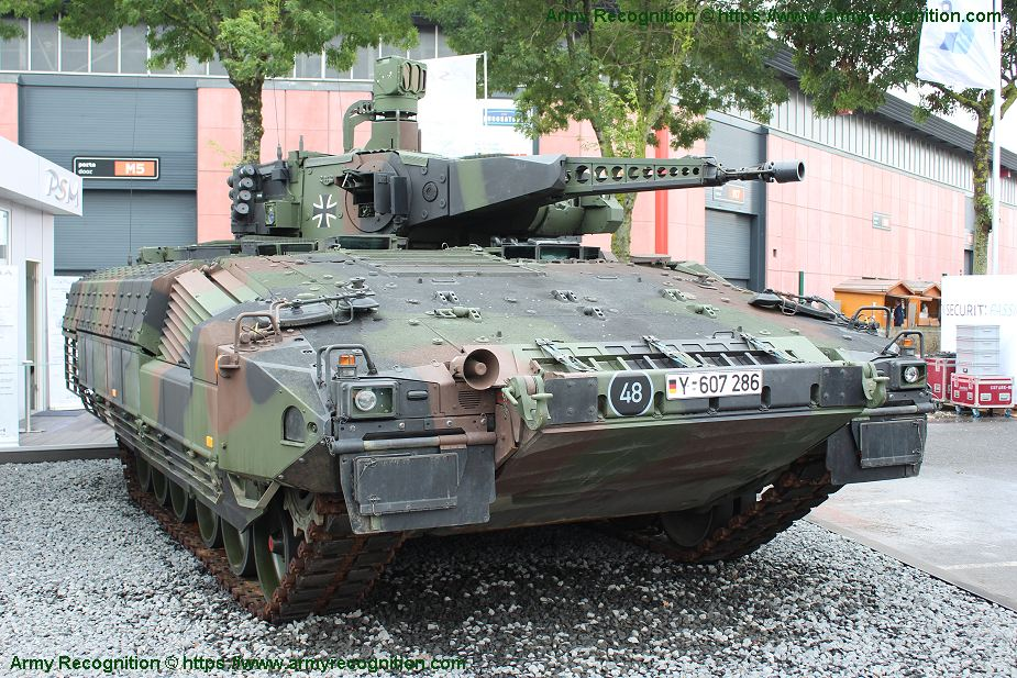 Puma the four candidats to replace Czech BVP 2 IFV tracked armored 925 001