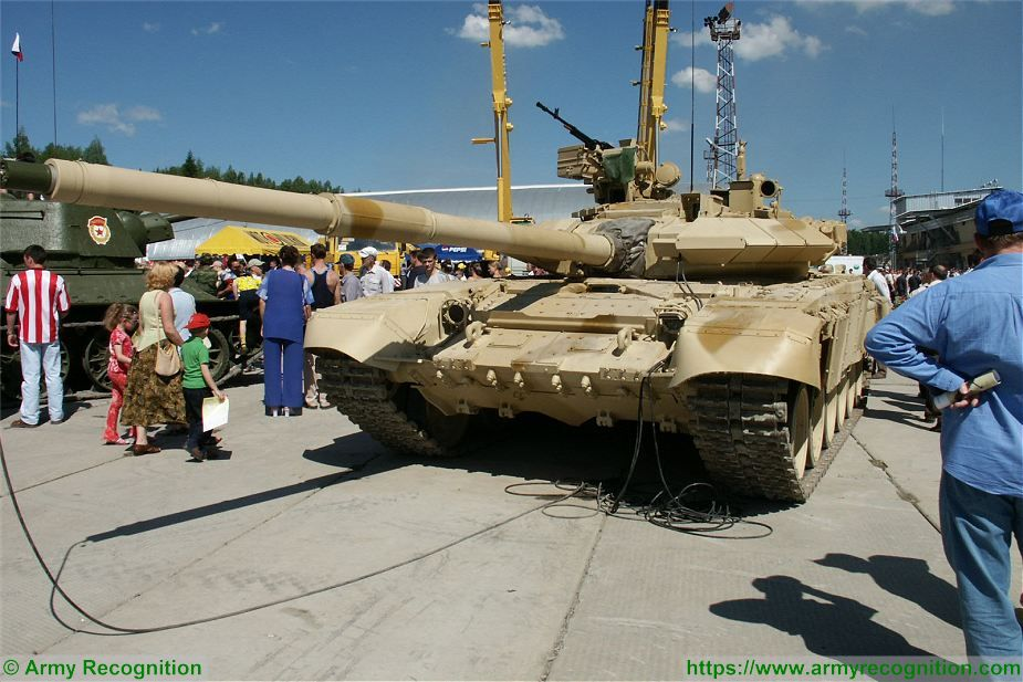 Russia will supply more T 90S MBTs main battle tanks to Iraq 925 001