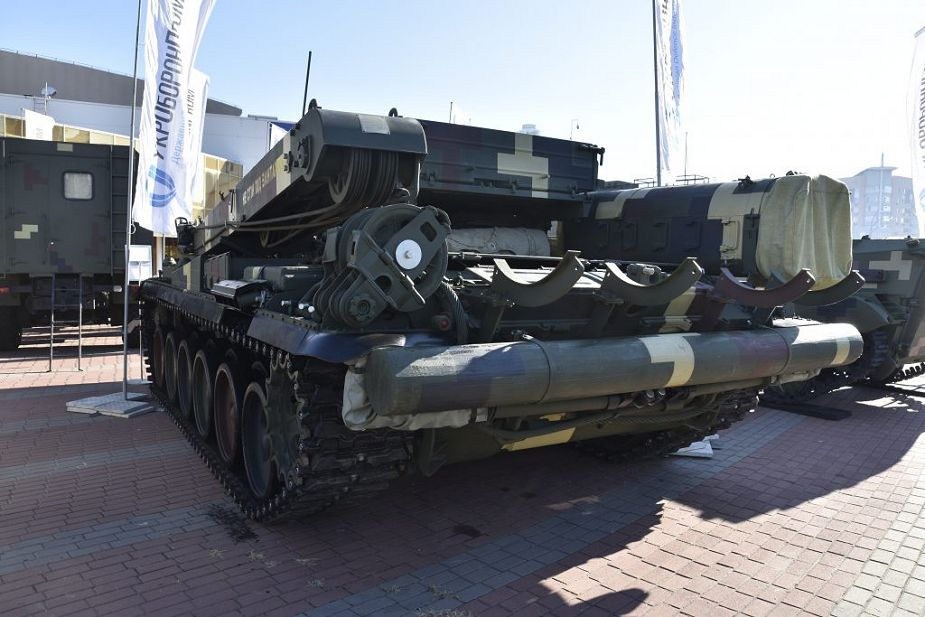 Ukraine has developed Lev ARV armored recovery vehicle based on T 72 tank 925 002