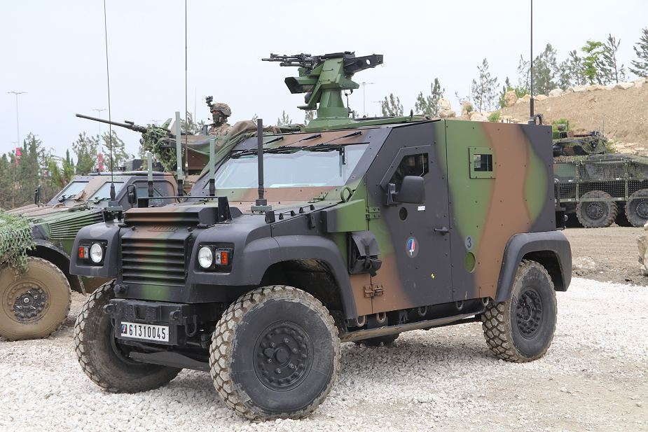 ARQUUS has developed autonomous vehicle based on Dagger 4x4 armored 925 001