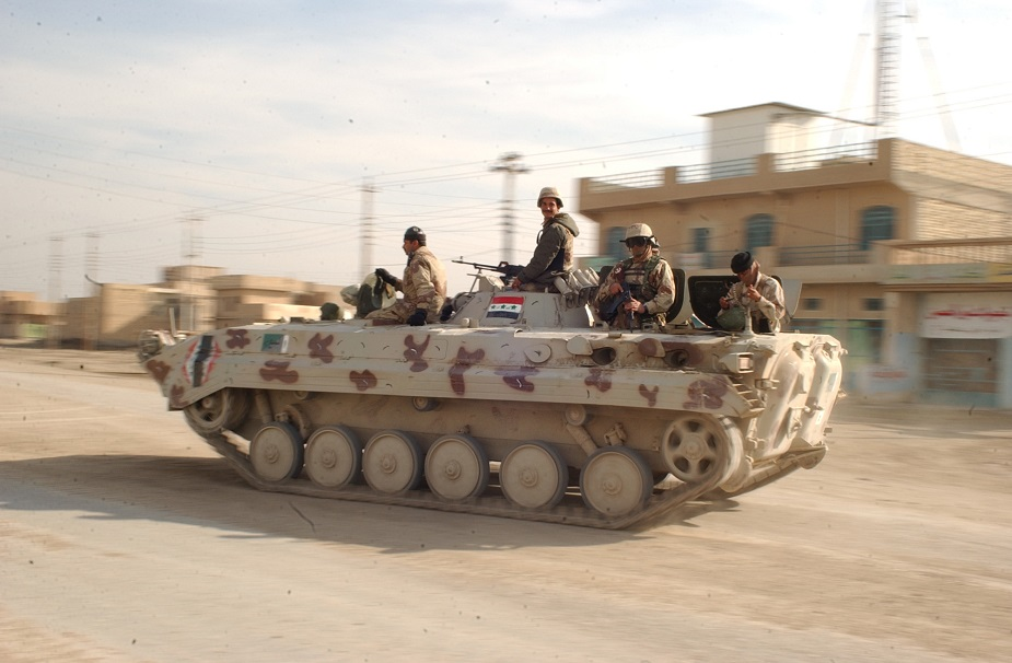 iraq police receives bmp 1 ifv 925 001