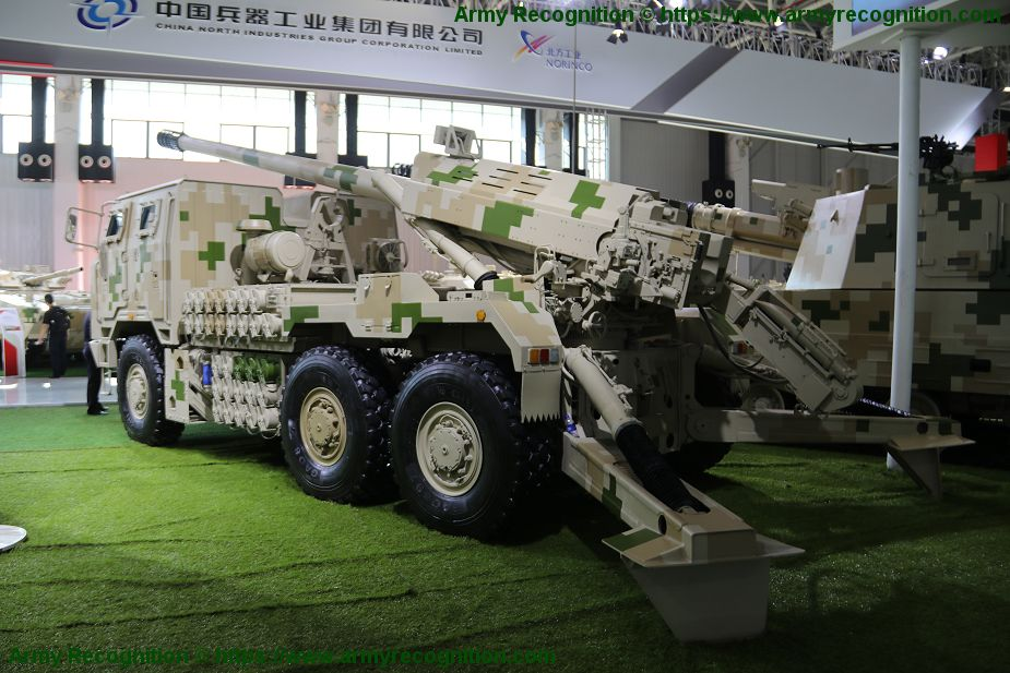 NORINCO SH15 self propelled howitzers operational in Chinese army 1