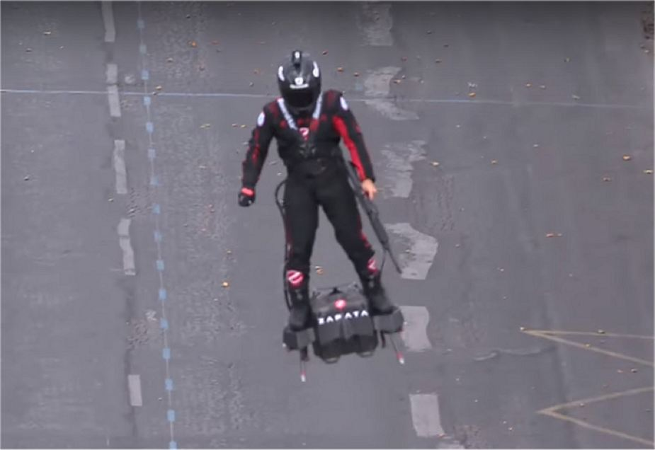 Flyboard Zapata Secret weapons and new military equipment unveiled by French Army 925 001