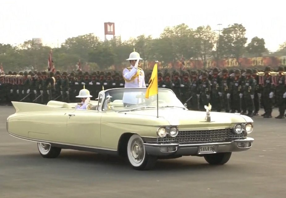 Military parade for Royal Thailand Army Day 11