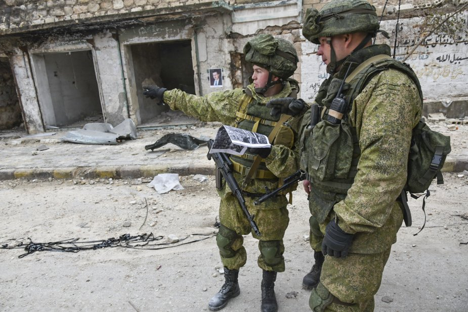 https://www.armyrecognition.com/images/stories/news/2020/march/Russian_officers_share_combat_experience_in_Syria_with_Indonesian_servicemen.jpg