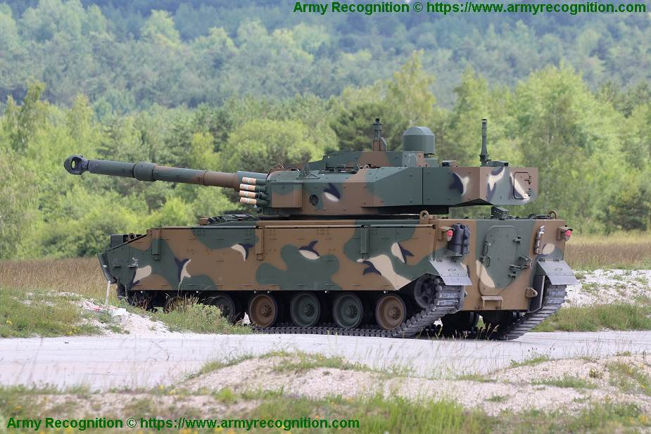 Indian army would like to acquire 350 light tanks weighing less than 25 tons 925 003
