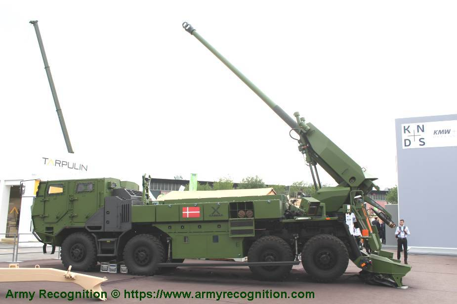 https://www.armyrecognition.com/images/stories/news/2021/february/Indonesian_Marine_Corps_to_get_8x8_self-propelled_howitzers_1.jpg