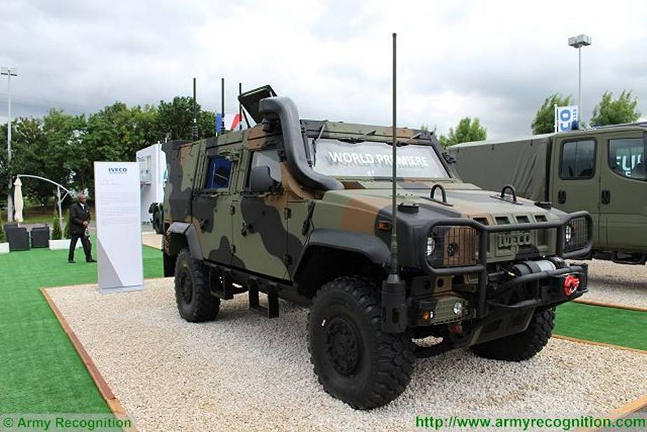 https://www.armyrecognition.com/images/stories/news/2021/january/First_Iveco_LMV_2_armored_vehicles_enter_service_with_Italian_army_1.jpg