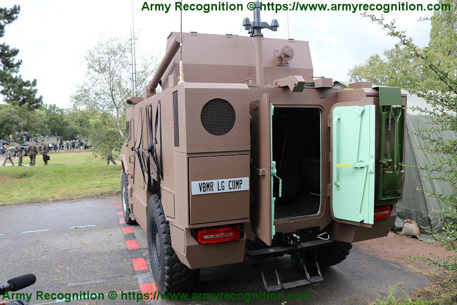 https://www.armyrecognition.com/images/stories/news/2021/january/Nexter_and_Texelis_are_notified_of_Serval_first_series_production_tranches_3.jpg