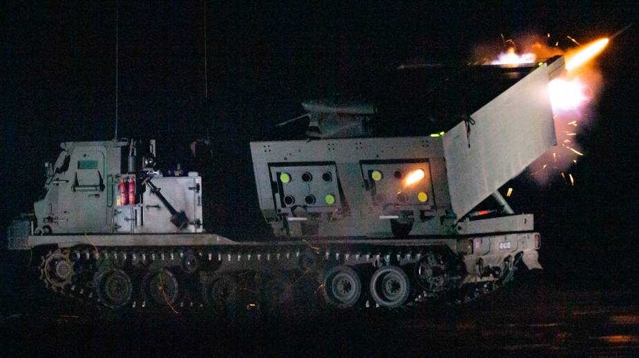 https://www.armyrecognition.com/images/stories/news/2021/march/British_army_to_upgrade_MLRS_for_deep_fire_capability_enhancement.jpeg