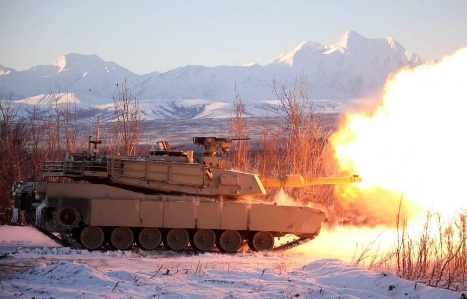 https://www.armyrecognition.com/images/stories/news/2021/may/Latest_iteration_of_M1_Abrams_main_battle_tank_wraps_up_testing_at_US_Army_Cold_Regions_Test_Center.jpg